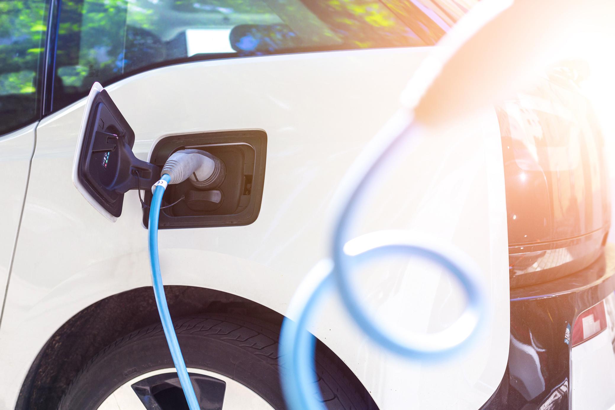 Coberturas de los seguros para coches híbridos y coches eléctricos: Direct Seguros