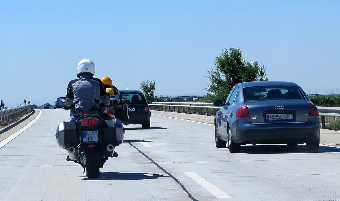 Accidentes en moto prevención: Segurmoto de la DGT