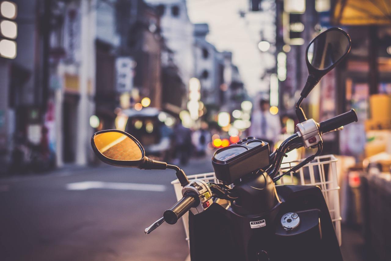 Dónde aparcar motos en el centro de Madrid: plan Madrid Central circulación