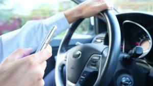 El móvil al volante aumenta el riesgo de accidente