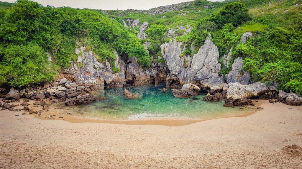 Escapadas en coche a playas en Asturias