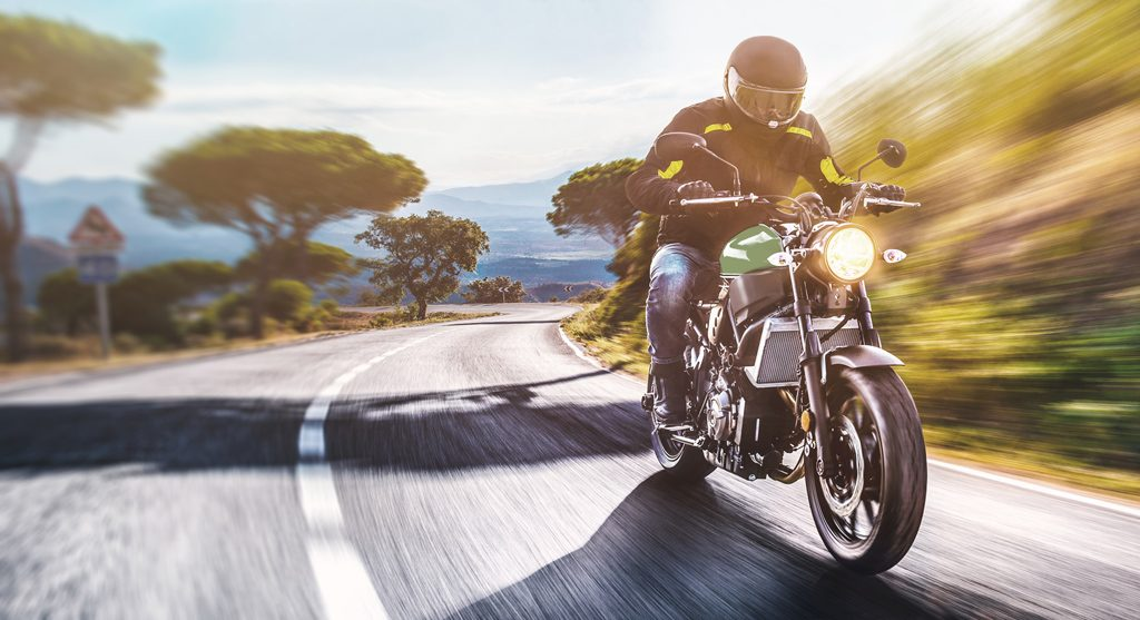 Conducir moto en verano
