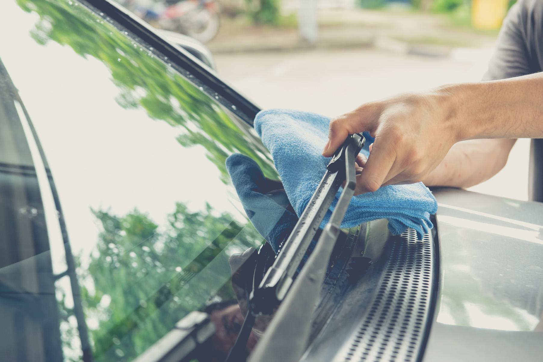 Mantenimiento del limpiaparabrisas del coche